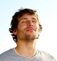 Son ejercicios que van desde técnicas más sencillas, como son las técnicas de respiración, hasta las más elaboradas como son las técnicas de visualización.